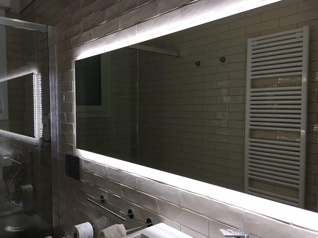 Segui i nostri consigli su come illuminare la tua stanza con la