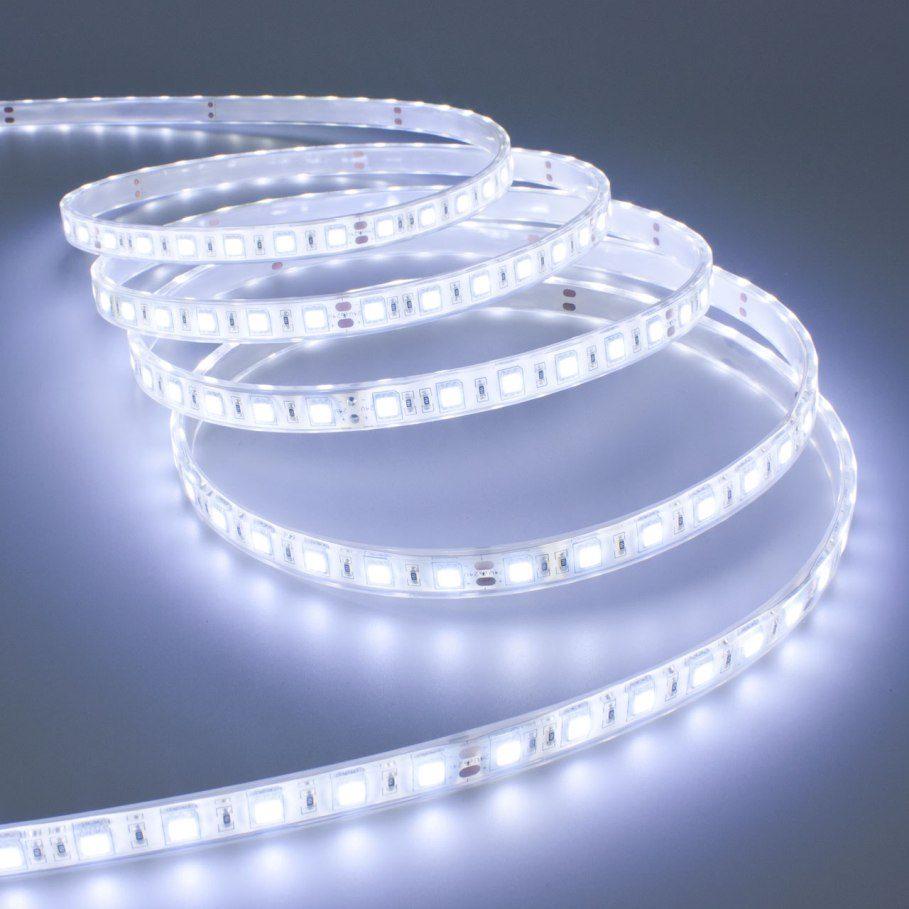 Segui i nostri consigli su come illuminare la tua stanza for Luce a led per casa