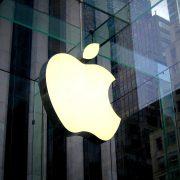 Anche Apple sta pensando ad un iPhone pieghevole